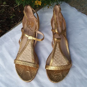 gold HOUSE OF HARLOW 1960 flat sandals